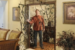 keith-with-wine-cellar-gate